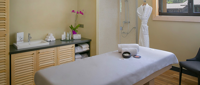 Hotel Excelsior, Chamonix, France - massage area.jpg